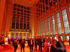 Das Entré des Parteiabends im historischen Messegebäude